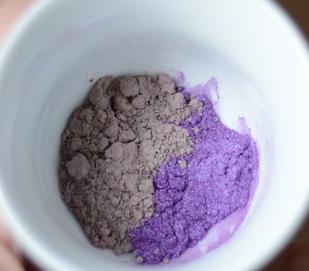 glinka fioletowa i mika do mydła z annatto
